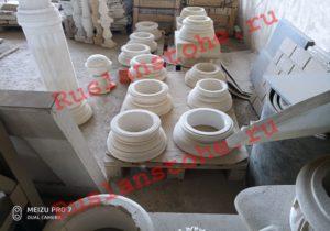 watermarked P80412 141054 300x210 - Тумбы и декор