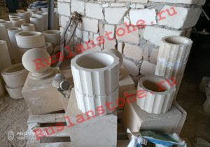 watermarked P80412 141412 300x210 - Колонны