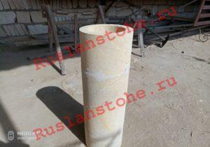 watermarked P80412 141522 300x210 - Колонны